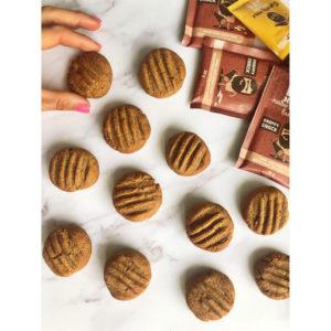 peanut butter cookies 300x300 - peanut-butter-cookies_Eat Naked
