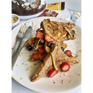 peanut butter and berries protein french toast 1 300x300 - peanut-butter-and-berries-protein-french-toast_Eat Naked