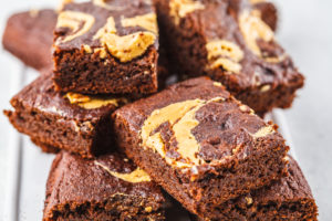 fudgy peanut butter brownies 300x200 - fudgy-peanut-butter-brownies_Eat Naked
